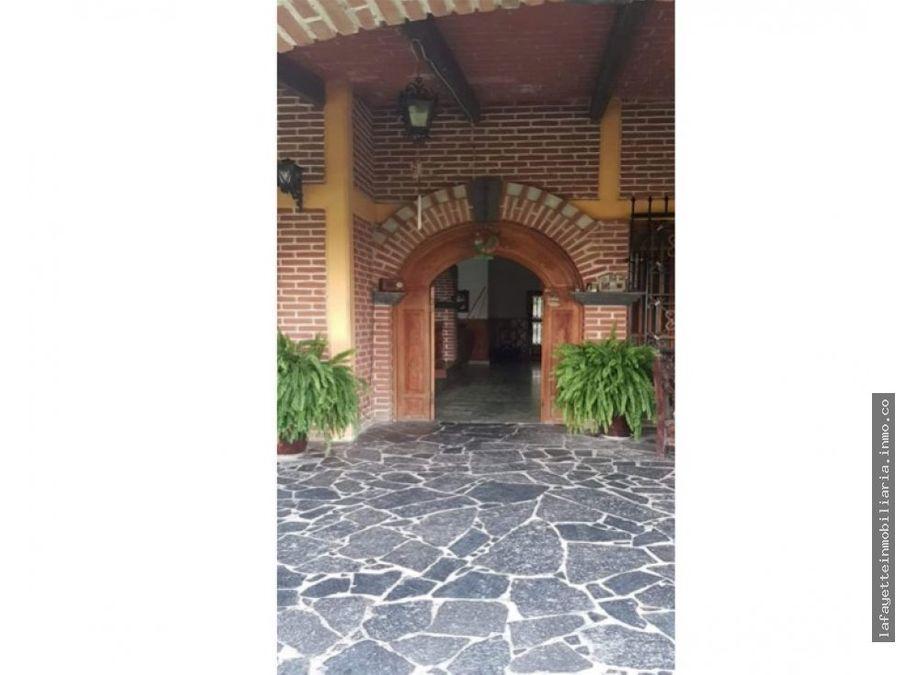 casa colonial en venta