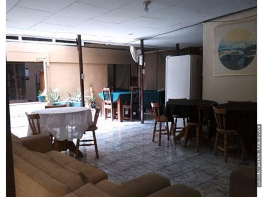 casa de uso residencial o comercial desamparados