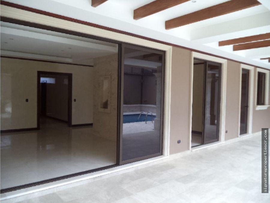 casa de lujo en exclusivo residencial altamonte