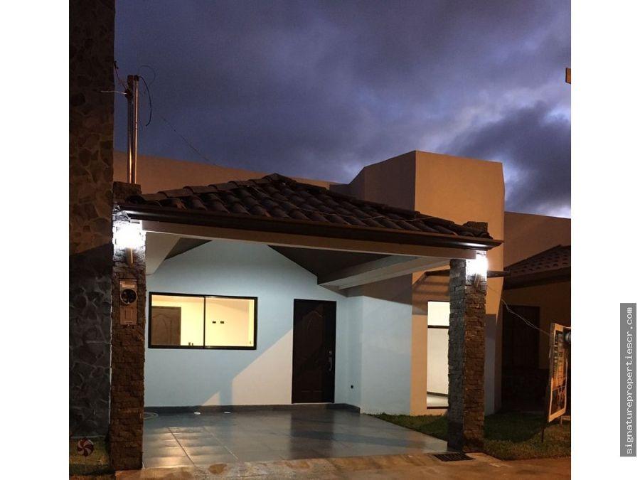 casa en condominio cartago
