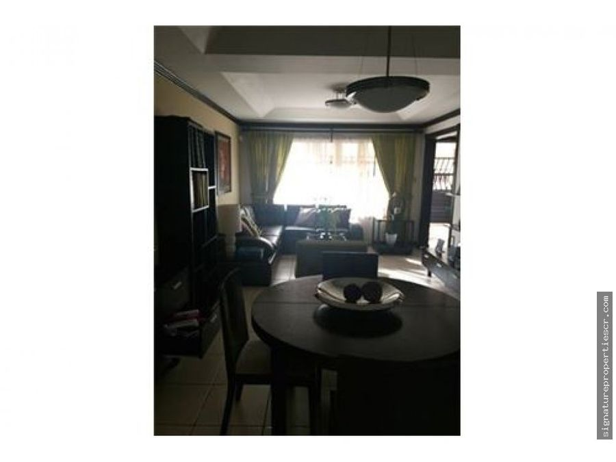 casa de dos niveles en residencial guachipelin