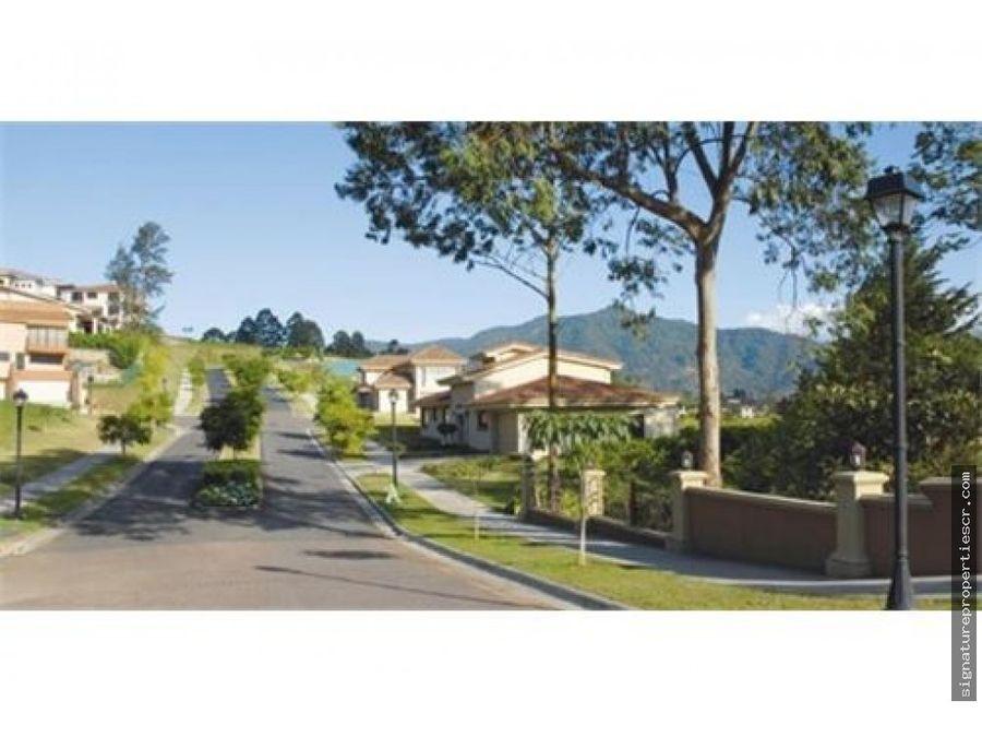 lote en exclusivo residencial hacienda gregal