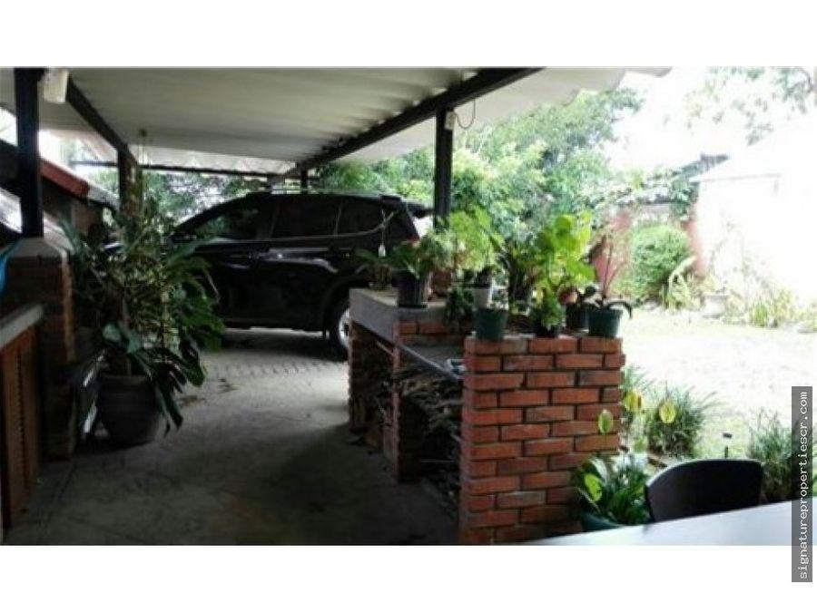 casa estilo rustico tres rios cartago