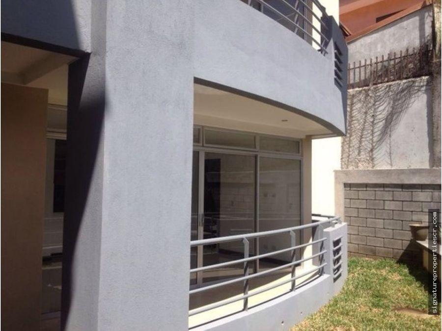 edificio de 4 apartamentos la uruca