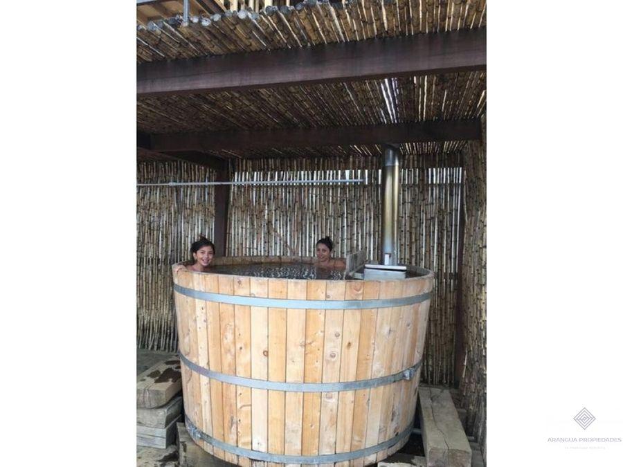 por temporada linda casa en arriendo en pucon piscina y hot tub