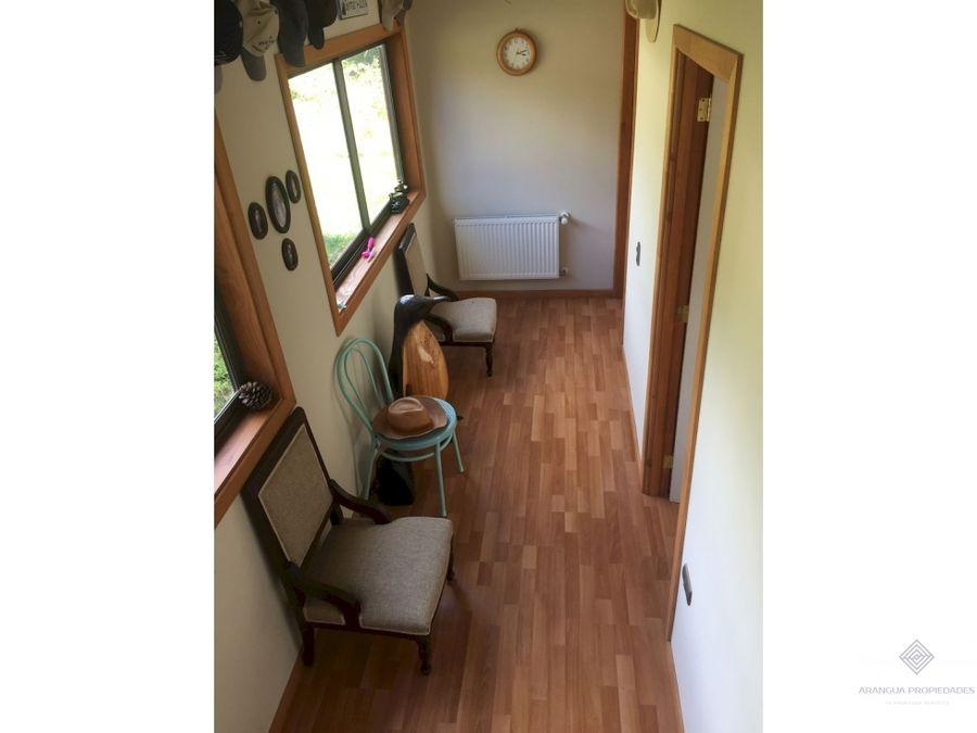 preciosa casa en venta a 8kms de pucon vista al lago villarrica