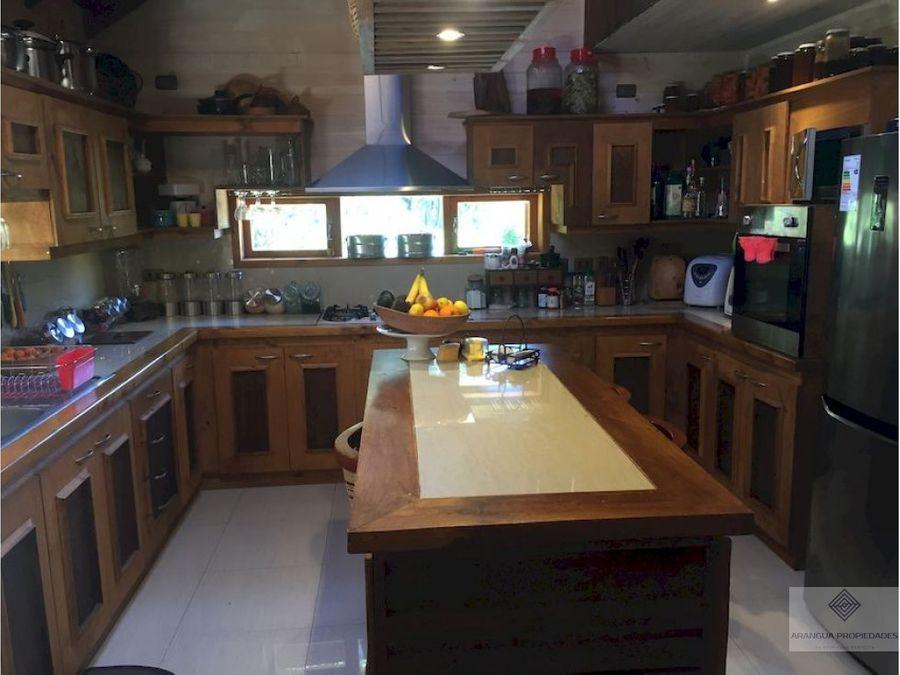 casa en venta en pucon 7 kms de pucon camino al volcan
