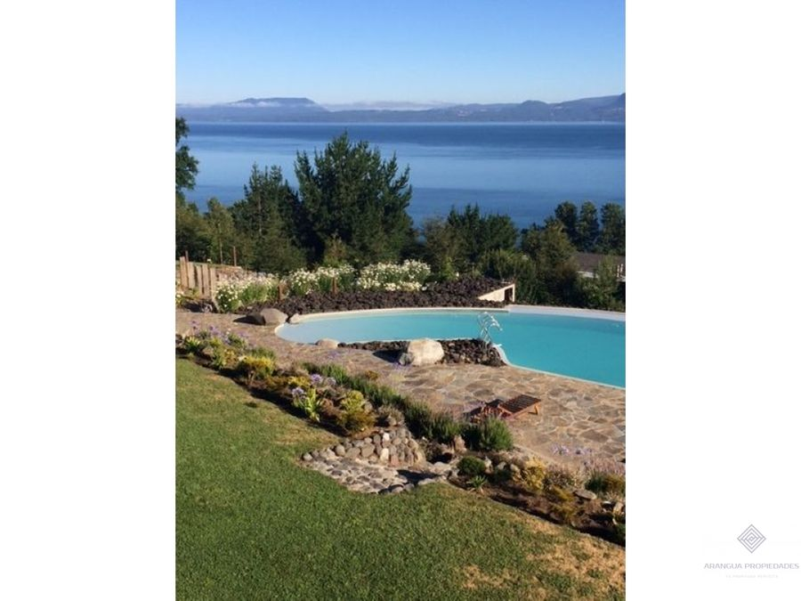 por temporada hermosa casa en arriendo en pucon con vista al lago