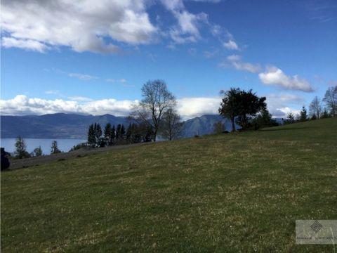 preciosa parcela con vista al volcan y lago a 7 km de pucon