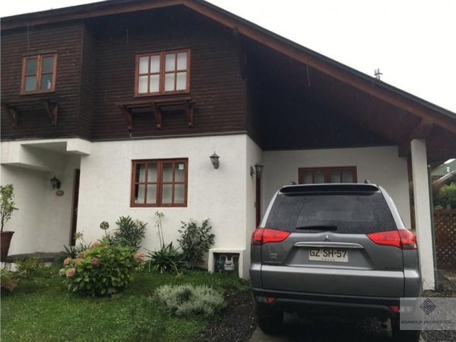 preciosa casa en venta en condominio en pucon camino al volcan