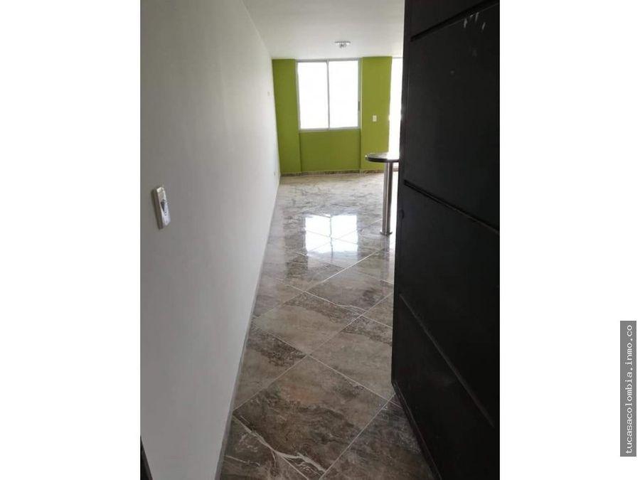 se vende apto de tres habitaciones edificio nueva alejandria