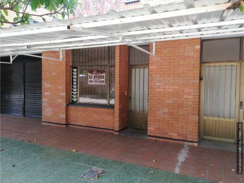 se vende o se arrienda casa con local comercial area 200 mts