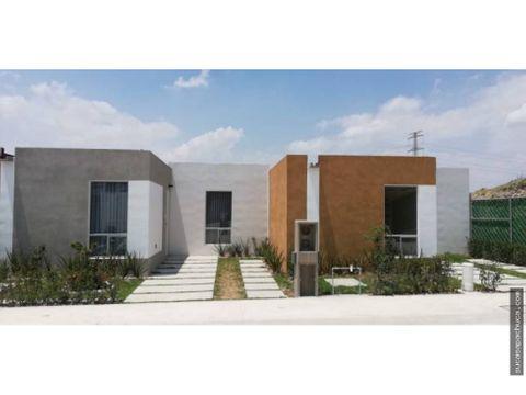 casa sola en venta en privada