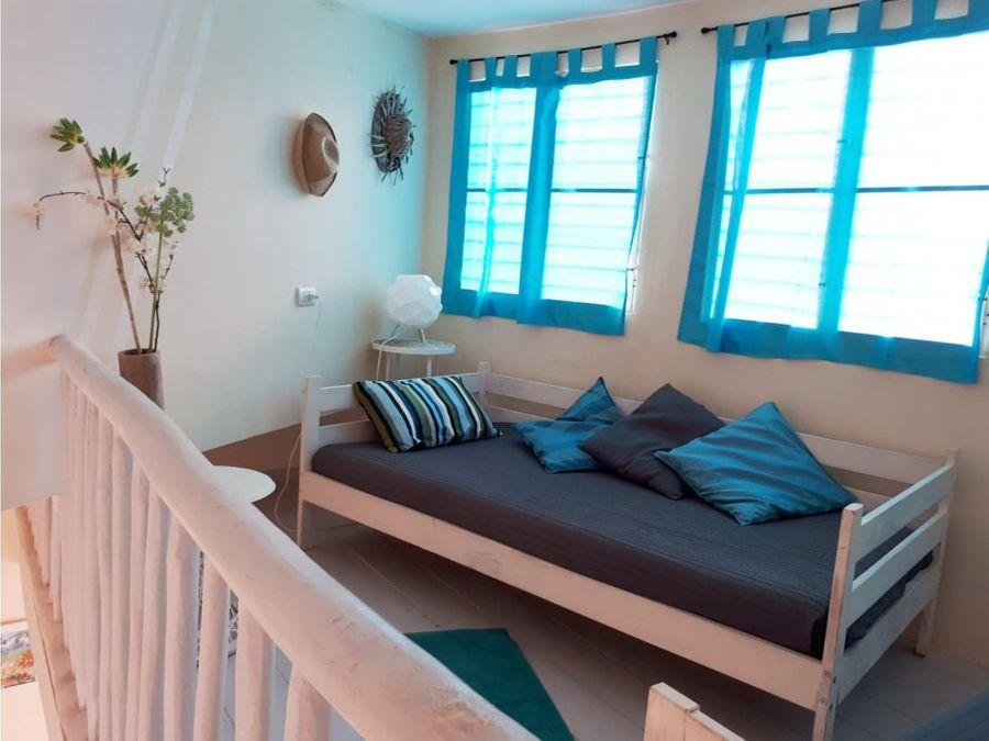 casa en renta 2 hab con mezzanina en rio san juan