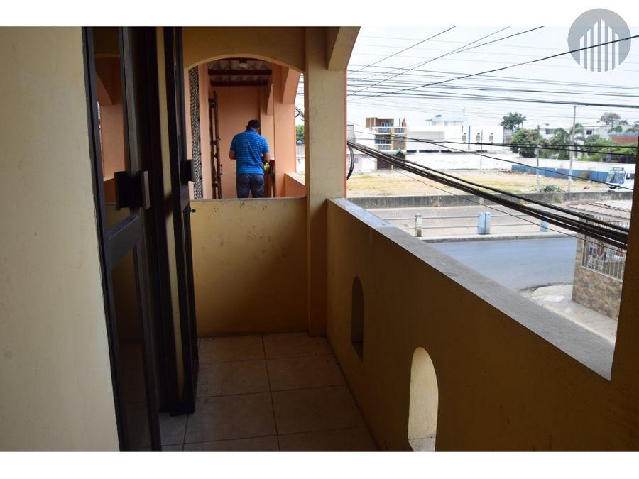 casa rentera esquinera 2 plantas un departamento y 2 suites