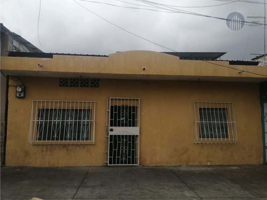 vendo casa en la entrada de trini puerto cooperativa los angeles