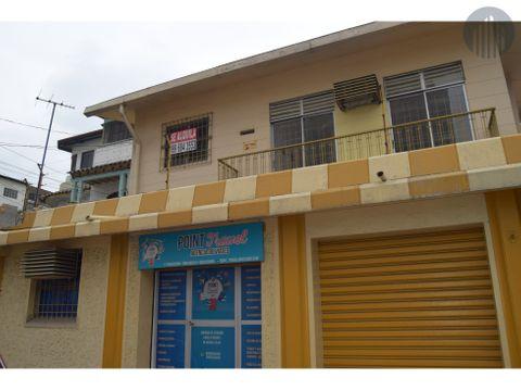 venta de casa rentera con locales comerciales
