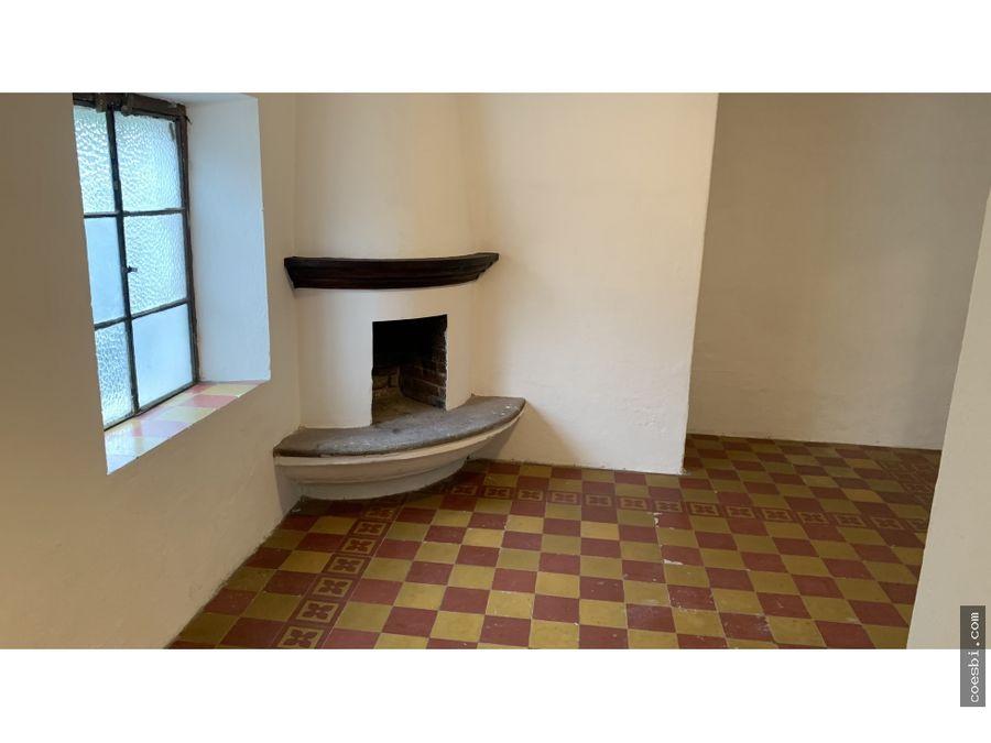 en renta amplio apartamento en el centro de la antigua guatemala