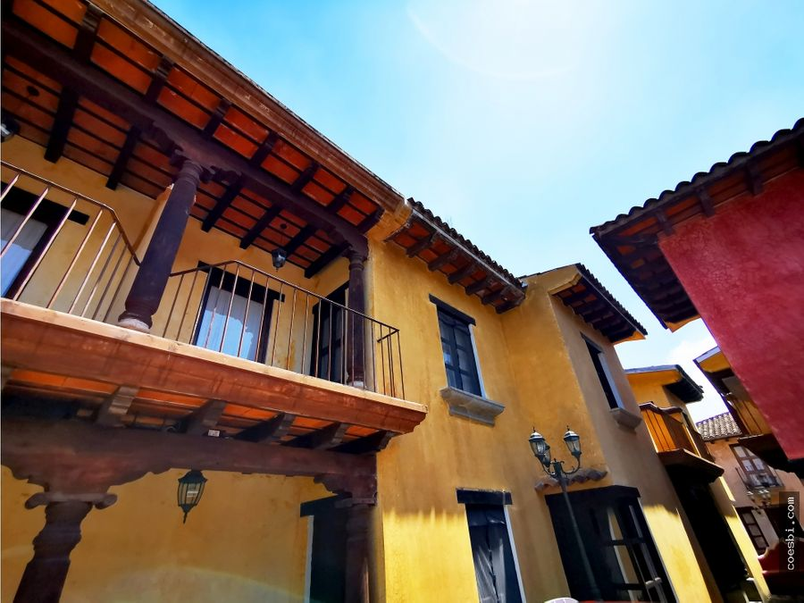 en renta town house en alquiler dentro de residencial en antigua gt