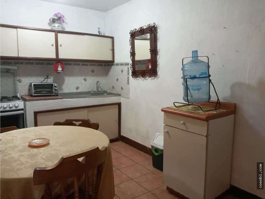 apartamento en renta a dos cuadras del parque central de la antigua g