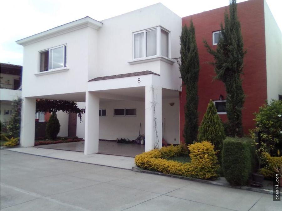 preciosa casa en venta en condominio la luces del encinal mixco