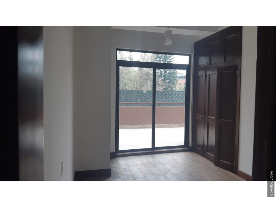 se renta apartamento de 2 habitaciones en el edificio salvattore z10