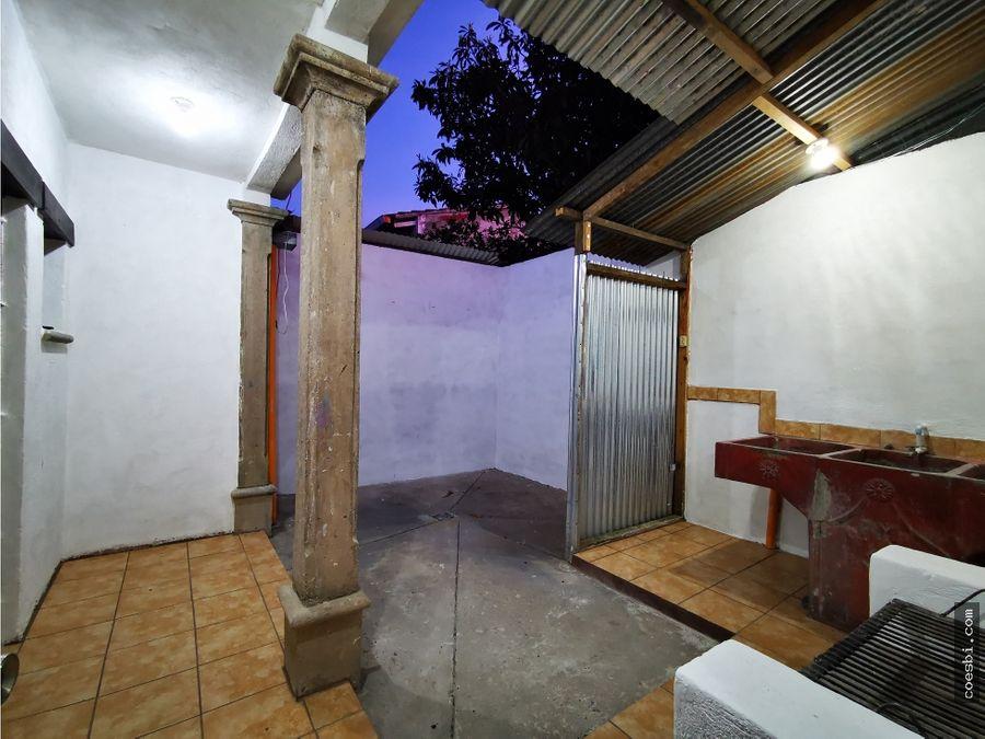 apto en el casco urbano de antigua guatemala a 500mts del parque centr