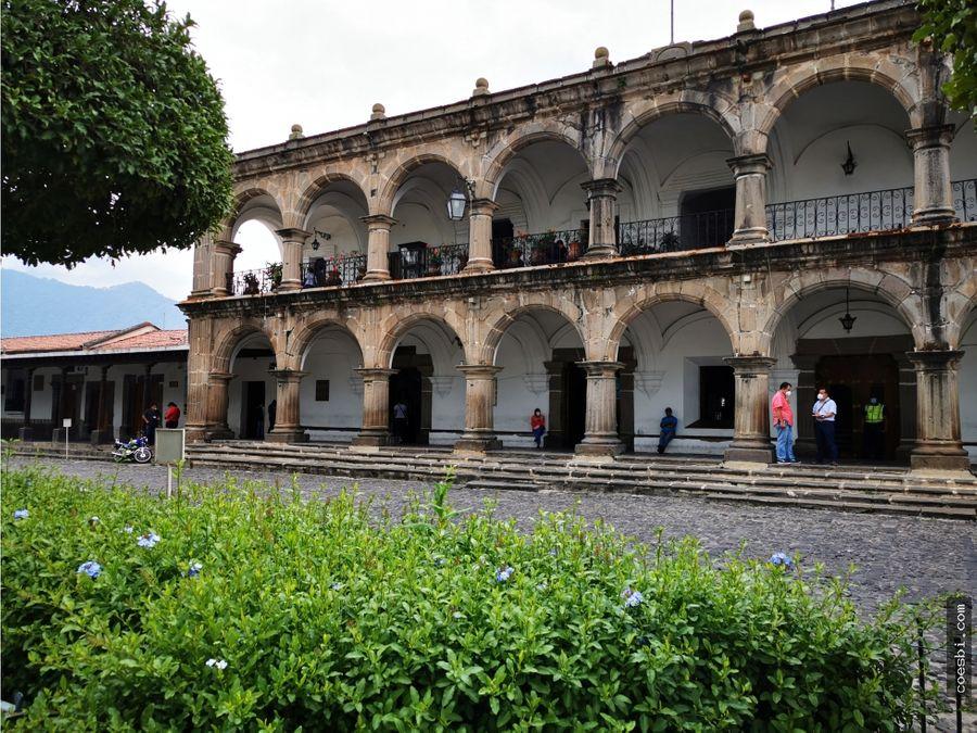 local comercial en el centro de antigua guatemala excelente ubicacion