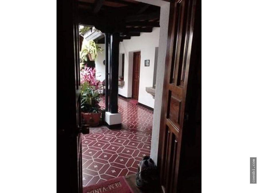 precioso apto en el casco urbano de antigua guatemala
