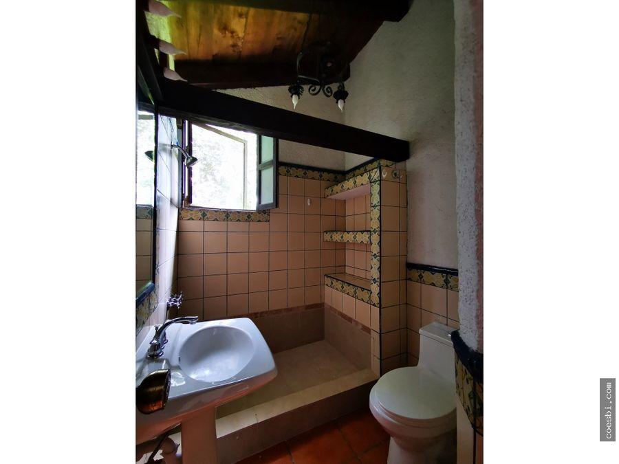 town house 2 niveles en apartamentos santa rosa en antigua guatemala