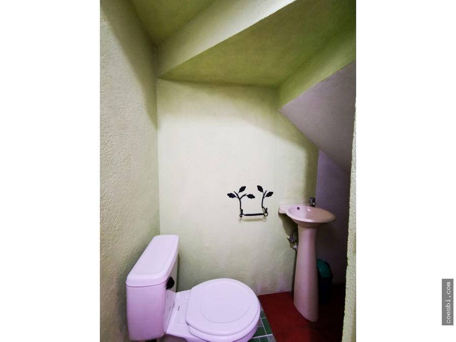 casa de dos niveles a 200mts del parque de san pedro las huertas