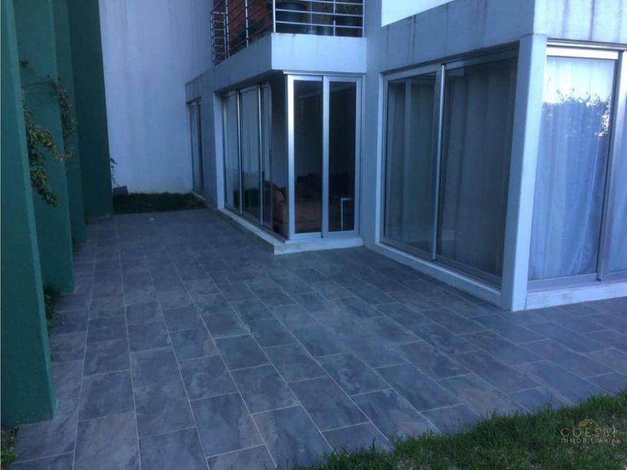 remato apartamento en zona 16 edificio nueva caledonia