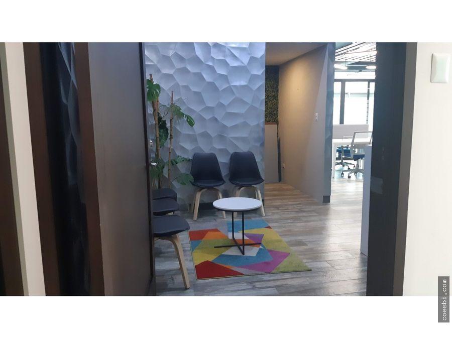 en renta oficina de 125mts2 en el edificio piale z10