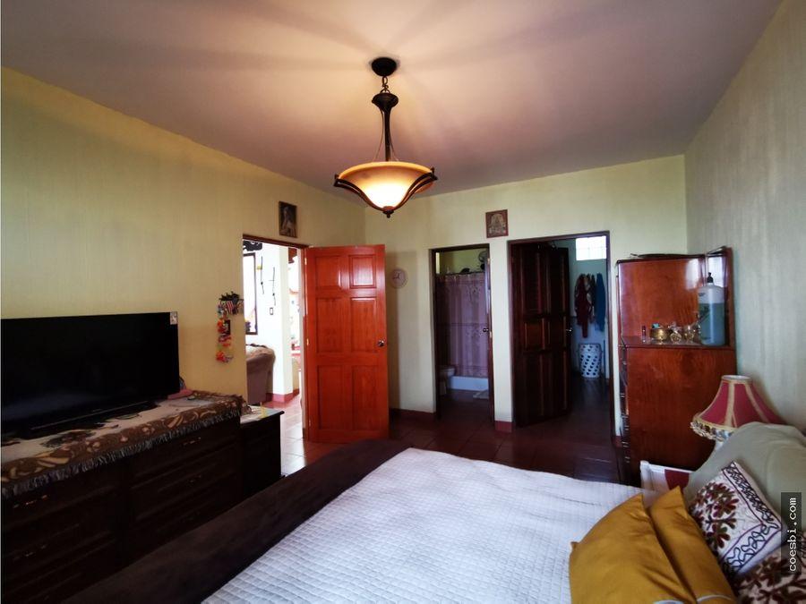 casa de 2 niveles en residencial la serenisima a 2 min del calvario