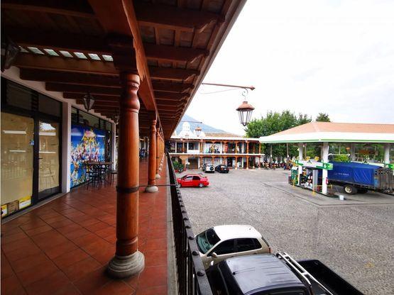 local en el segundo nivel del centro comercial el panorama