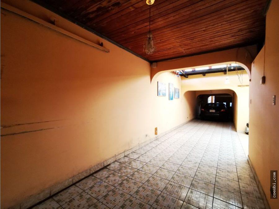 en renta casa grande ideal para hotel oficinas o cc en antigua guatem