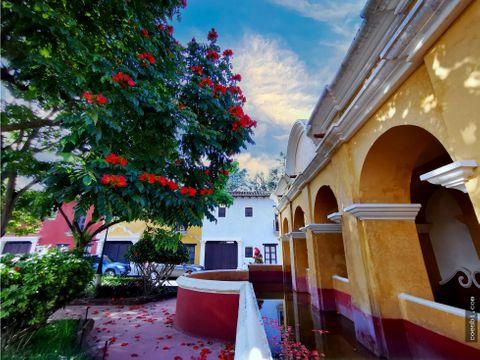 en renta habitacion privada en town house en la antigua guatemala
