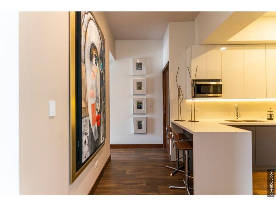 en venta apartamentos en el edif casa canada zona 14 gt