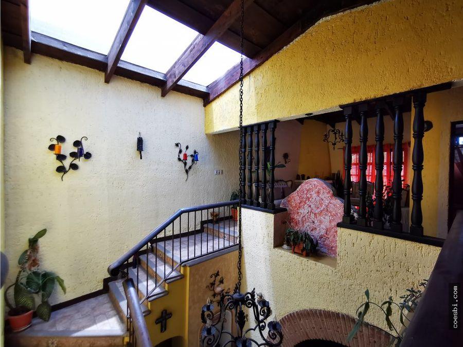 en exclusiva casa en renta a 250mts de la escuela de cristo antigua
