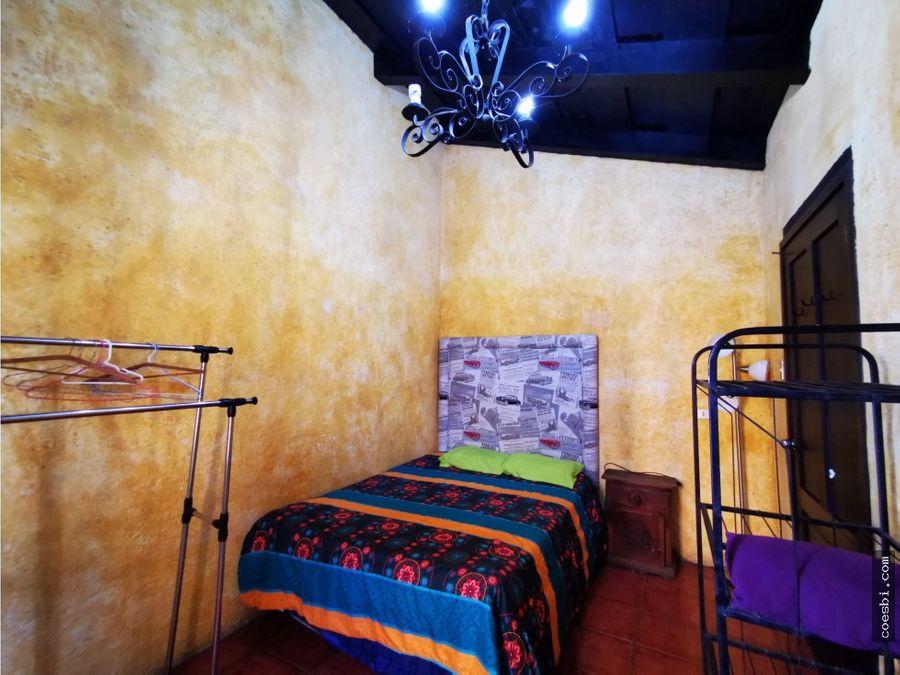 rento habitacion privada en antigua guatemala