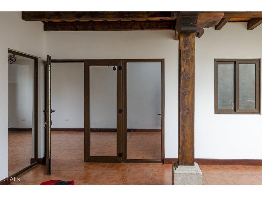 casa nueva a dos cuadras del parque de san pedro las huertas rosario