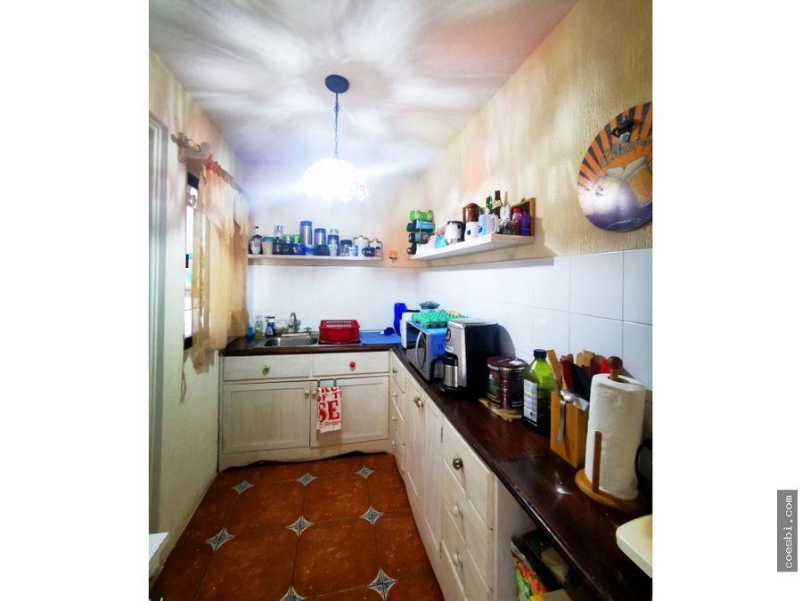 en venta casa dentro de residencial en san miguel escobar sac