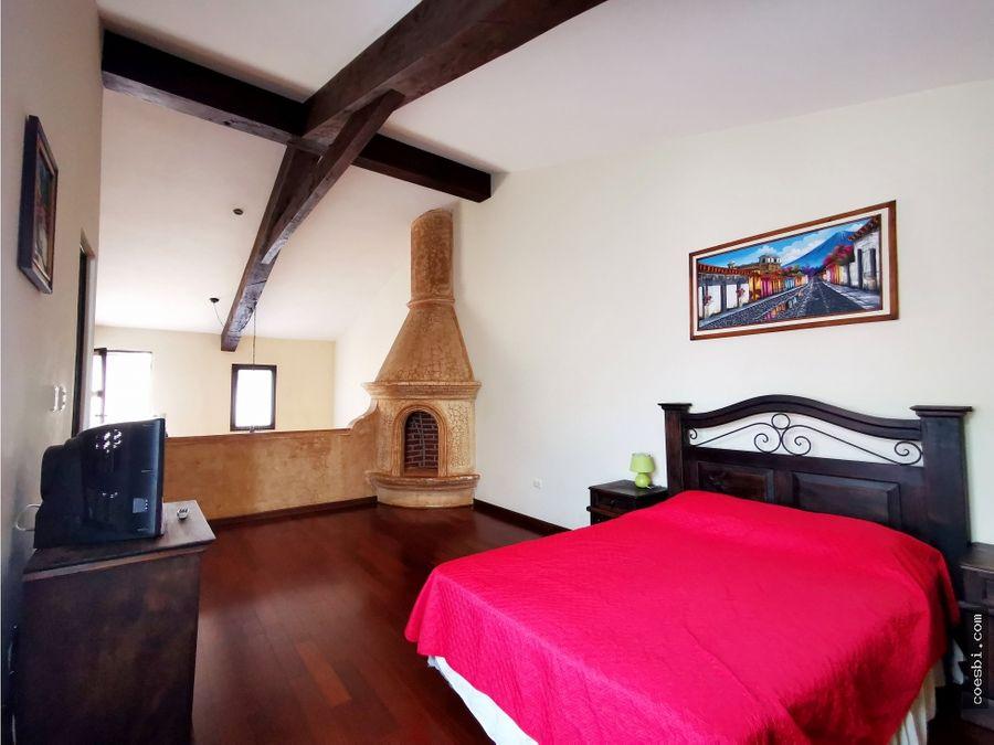 en renta apto tipo loft en renta dentro de residencial en antigua gt