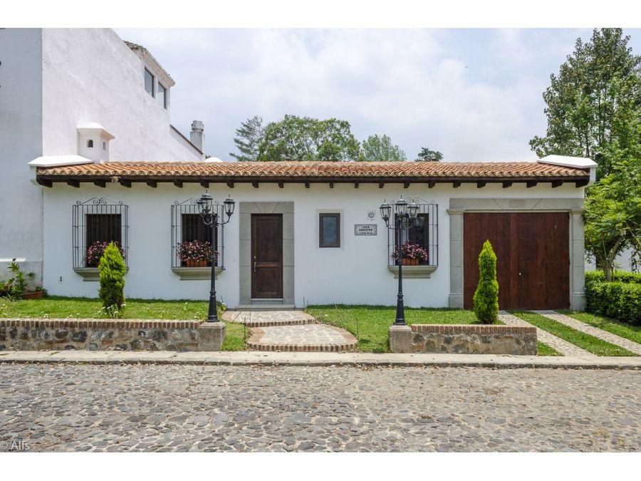 casa dentro de condominio en el centro de ciudad vieja amazona