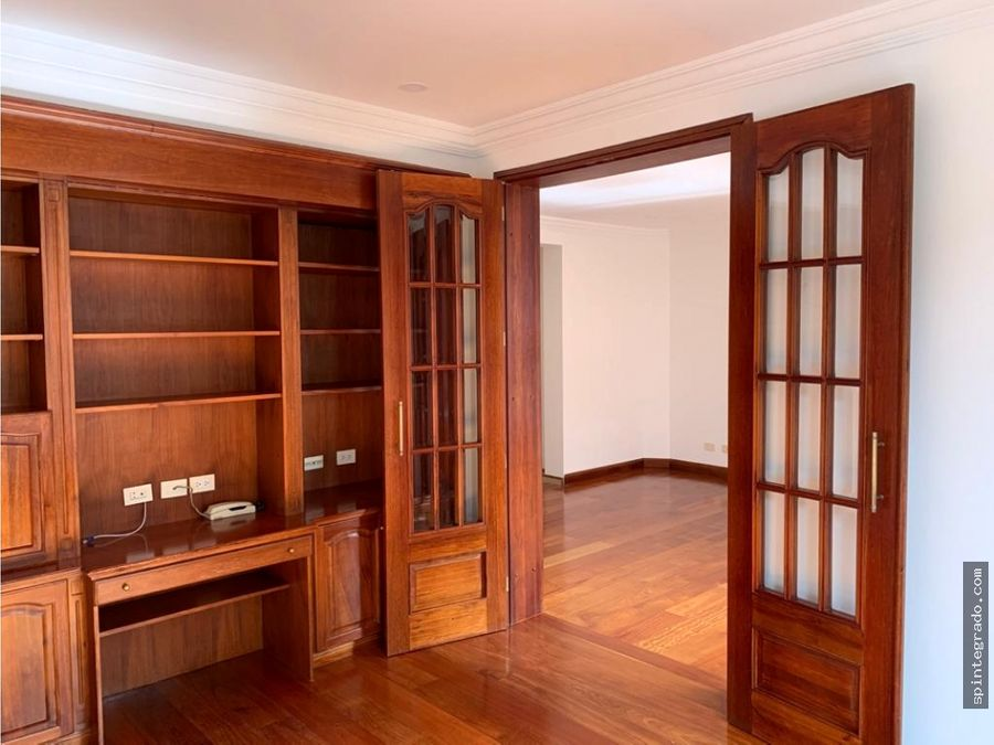 amplio apartamento en chico reservado venta o arriendo