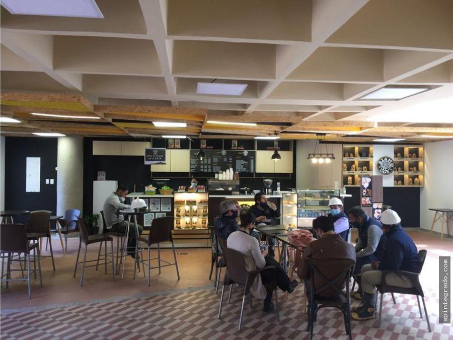 locales comerciales y plazoleta comidas vacio central con bioseguridad