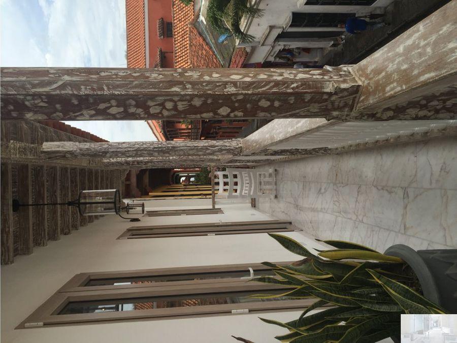 apartamento con vista a la cupula de la catedral