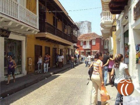 venta de casa con locales en centro de cartagena