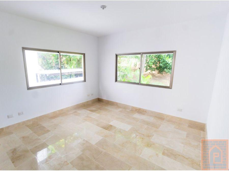 se vende casa en arroyo hondo republica dominicana