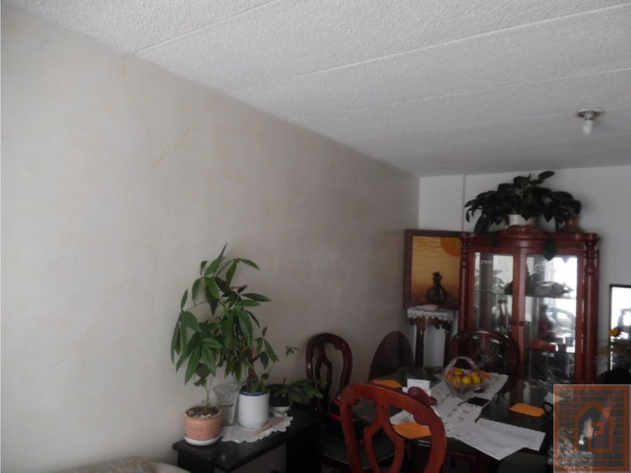 se vende casa en bolivia bogota cundinamarca